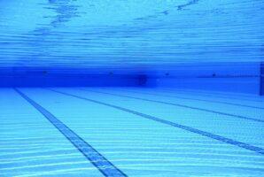 heating a swimming pool